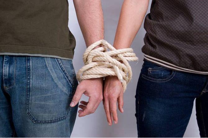 Hostage Relationship
